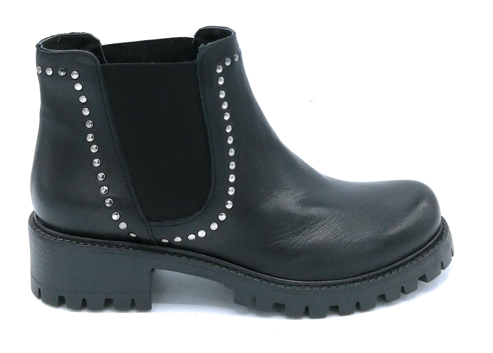 Debutto Donna 240 stivaletto pelle nera elastico borchie suola c armato ea42cd27967